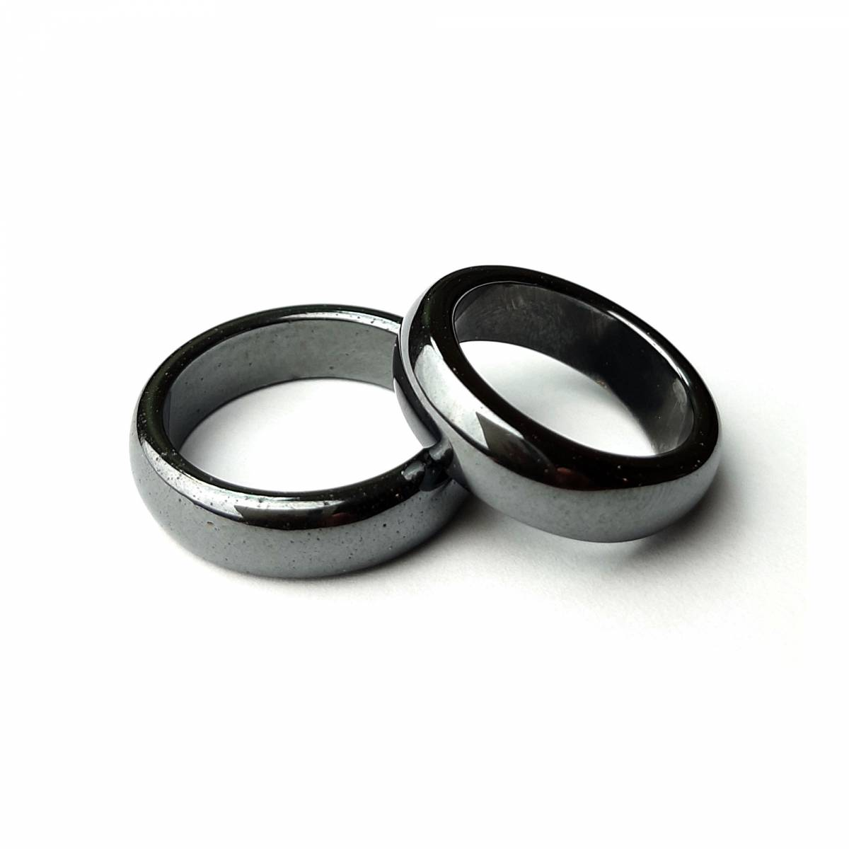 Купить кольцо из натурального камня гематит, цена Киев Украина. Кольцо из натуральных камней гематит в интернет магазине украшений Darsana
