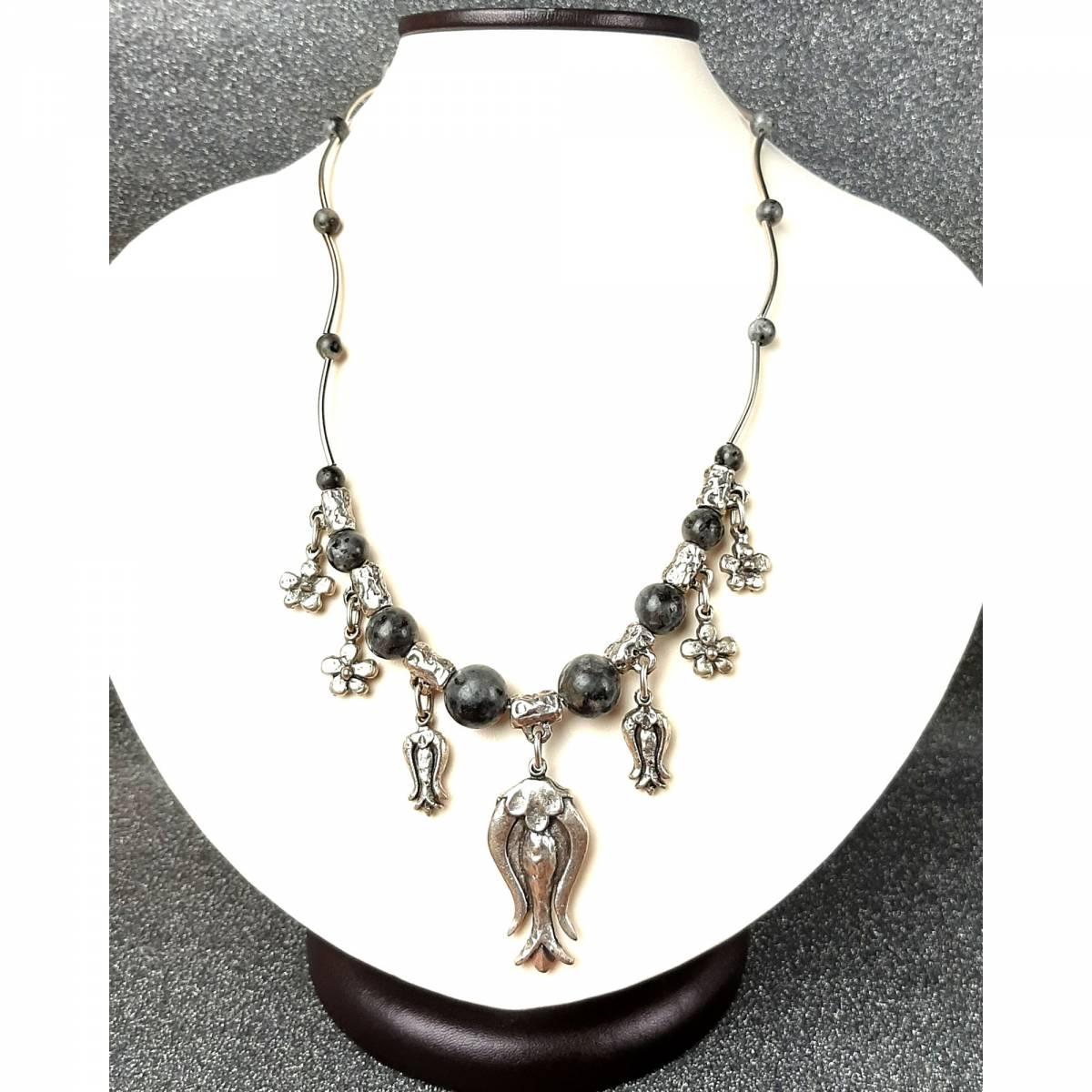Купить ожерелье из натурального камня лабрадор, цена Киев Украина. Украшения из натуральных камней лабрадор в интернет магазине украшений Darsana
