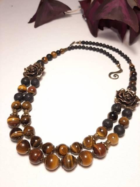 Купить ожерелье из натурального камня лава и тигровый глаз, цена Киев Украина. Украшения из натуральных камней лава и тигровый глаз в интернет магазине украшений Darsana