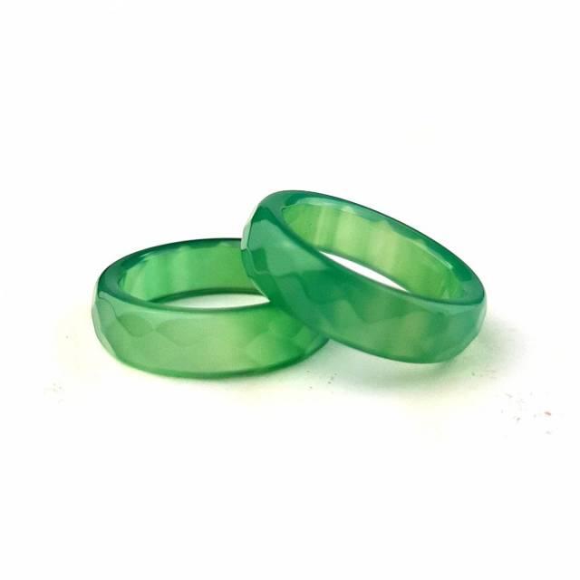 Купить кольцо из натурального камня нефрит, цена Киев Украина. Кольцо из натуральных камней нефрит в интернет магазине украшений Darsana
