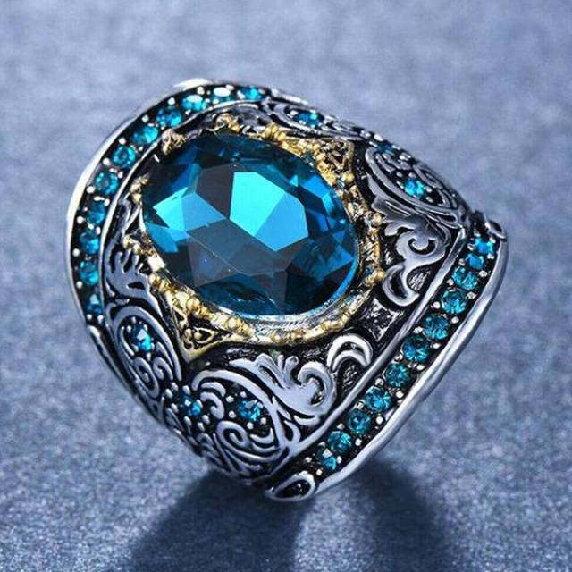 Купить кольцо, цена Киев Украина. Кольцо в интернет магазине украшений Darsana
